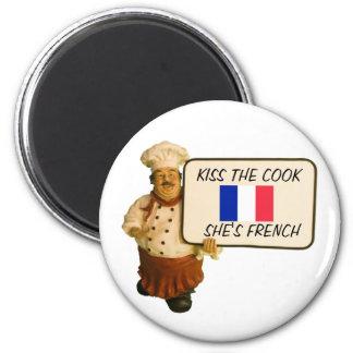 Kocknågot att säga kysser den franska kocken magnet rund 5.7 cm