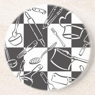 Kök bearbetar schackbräde underlägg