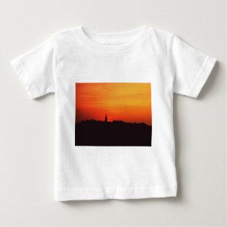 Kolonial soluppgång tee shirt