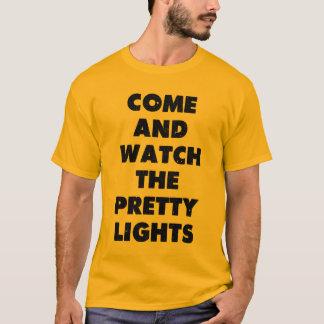 kom och klocka sötljuset tshirts