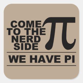 kom till nerdsidan fyrkantigt klistermärke