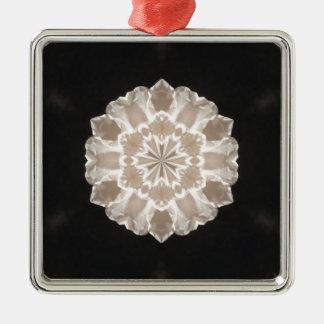 konst för beige- och krämblommigtabstrakt julgransprydnad metall