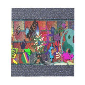 konst för U-plocka färggrafitti på tegelstenväggen Minneslappar