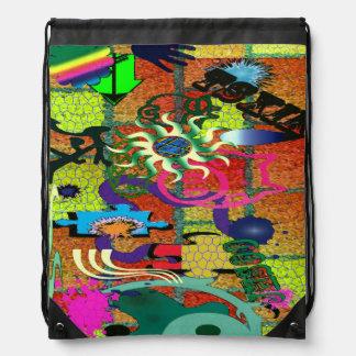 konst för U-plocka färggrafitti på tegelstenväggen Ryggsäckar