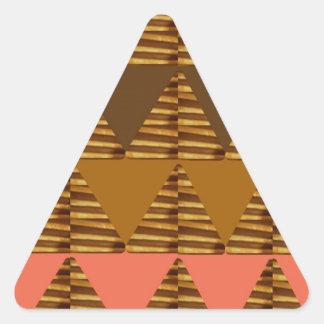 KONSTNÄRLIG triangelKONST: Färgrik tygLookPatter Triangelformat Klistermärke