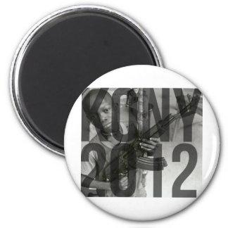 Kony 2012 - Saker (T-tröja, hattar, klistermärkear Kylskåpsnagnet