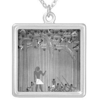 Kopiera av egyptier målad lättnad som visar fiske silverpläterat halsband