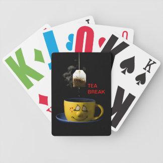 Kopp av Tea som leker kort Spelkort
