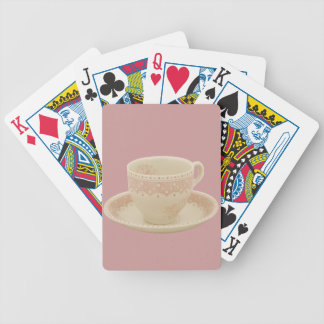 Kopp för benvit och rosa Tea som leker kort Kortlek