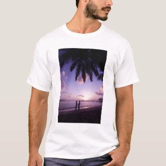 Koppla ihop på stranden, Windjammer landning, St T Shirts