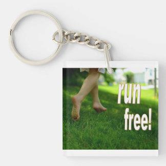 kör den fria barfota nyckelringen