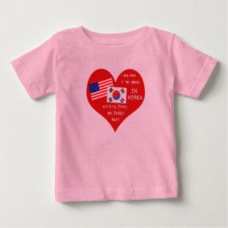Koreansk Adoption-i var bördig 2 ställen Tee Shirts