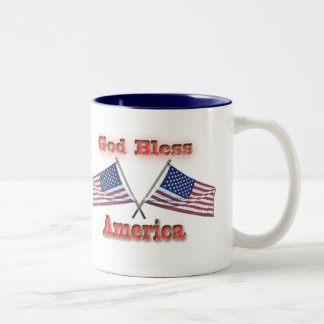 Korsad flaggormugg för välsigna dig Amerika Två-Tonad Mugg