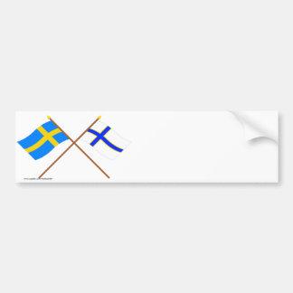 Korsad sverige- och Sverigefinska flaggor Bildekaler
