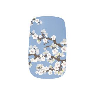 Körsbäret blomstrar den Sakura Nagelkonst