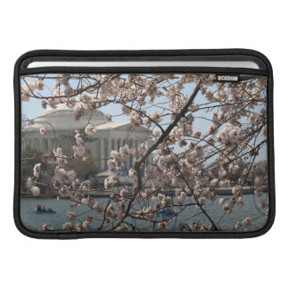 Körsbäret blomstrar i blom i Washington DC MacBook Sleeve