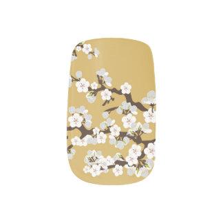 Körsbäret blomstrar Sakura slynaguld), Konst För Naglar