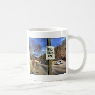 Korsning för pensionär som ZAZ340 AVGÅS! Kaffemugg