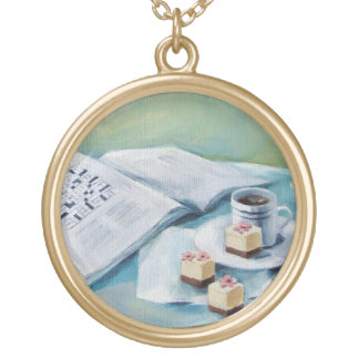 Korsord- & kaffeberlockhalsband guldpläterat halsband