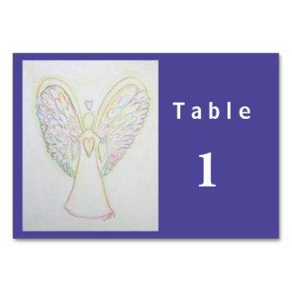 Kort för bord för regnbågehjärtaängel