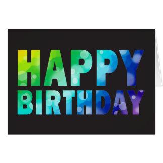 Kort för födelsedag för Bokeh regnbågemönster