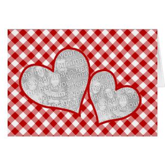 Kort för foto för dubbel Gingham för hjärta röd to