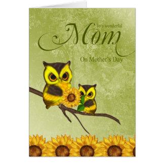 Kort för mammamors daghälsning med ugglor och