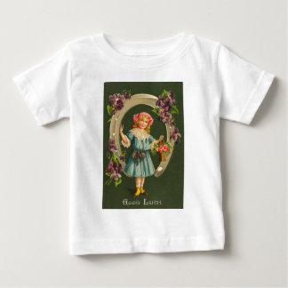 Kort för st patrick's day för vintageflickahästsko tee shirts