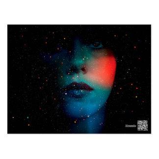 kosmiskt ansikte i det oändliga universum vykort