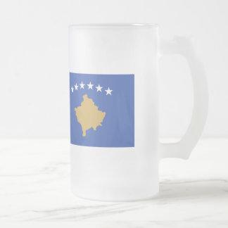 Kosovo flagga frostat ölglas
