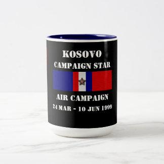 Kosovo luftkampanj Två-Tonad mugg