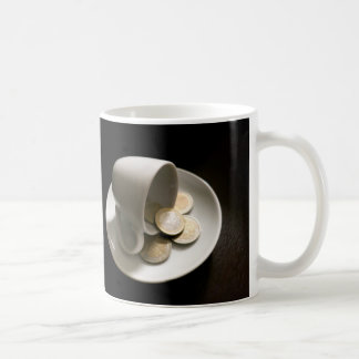 Kosta av kaffe vit mugg