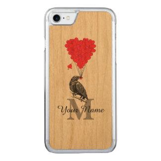 Kråka och röd hjärtamonogram carved iPhone 7 skal