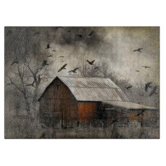 Kråkor och gammal ladugård