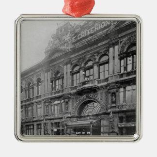 Kriteriet Restaurang och Theatre, 1902 Julgransprydnad Metall