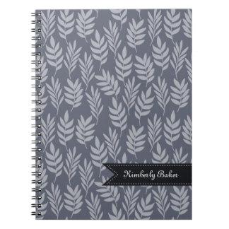 Kritiserar kända moderna för elegant det gråa anteckningsbok med spiral