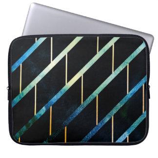Kritiserat för stormar laptop sleeve
