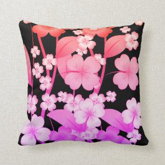 kudde format med blomma-Rosor och lilor