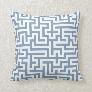 Kudde i mönster för blåttgrå färgMaze