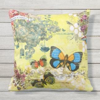 Kudder blom- utomhus- för gul fjäril utomhuskudde