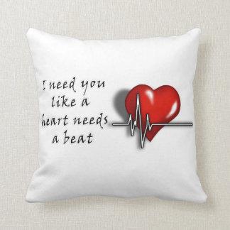 Kudder den speciella hjärtatakten för valentinen! kudde