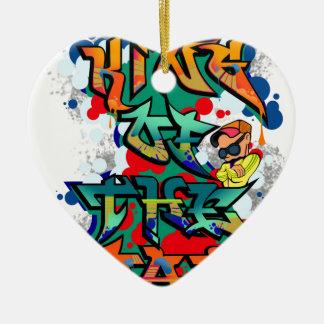 Kung av vägar hjärtformad julgransprydnad i keramik