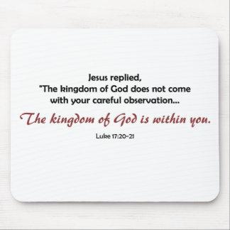 Kungarike av guden inom dig (ljus bakgrund) musmatta