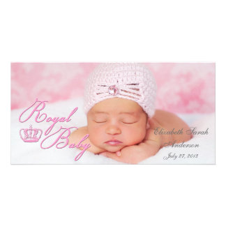 Kunglig baby i rosor med vintagekronan fotokort