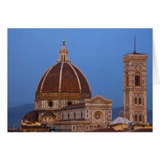 Kupol av Santa Maria del Fiore Domkyrka i varmt Hälsningskort