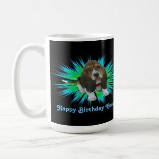 Kusin för grattis på födelsedagen för hund för kaffemugg