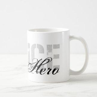 Kusinen är min hjälte - POLIS Kaffemugg