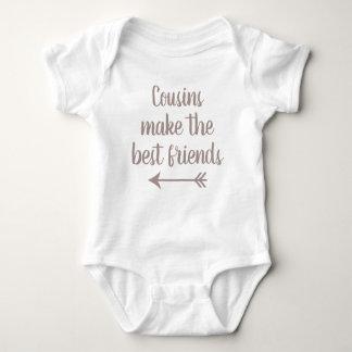 Kusiner gör bästa vän t-shirt
