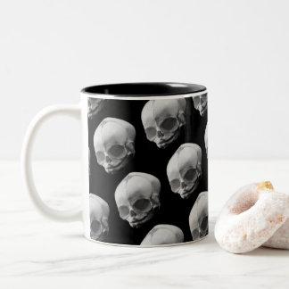 Kuslig begynna mugg för kaffe för