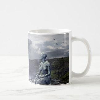Kuslig främling- och Spaceshipkaffemugg Kaffemugg